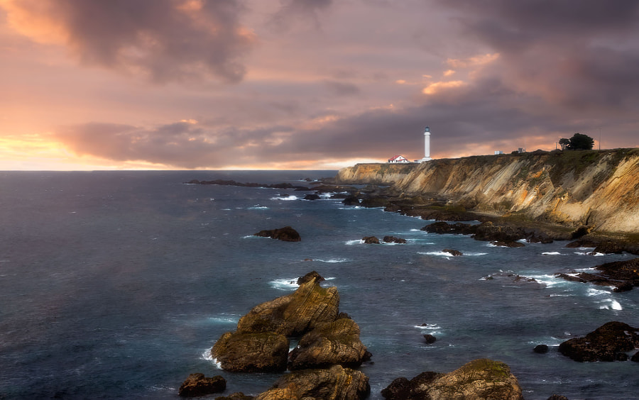 Point Arena LIghthouse de nick mangiardi en 500px.com