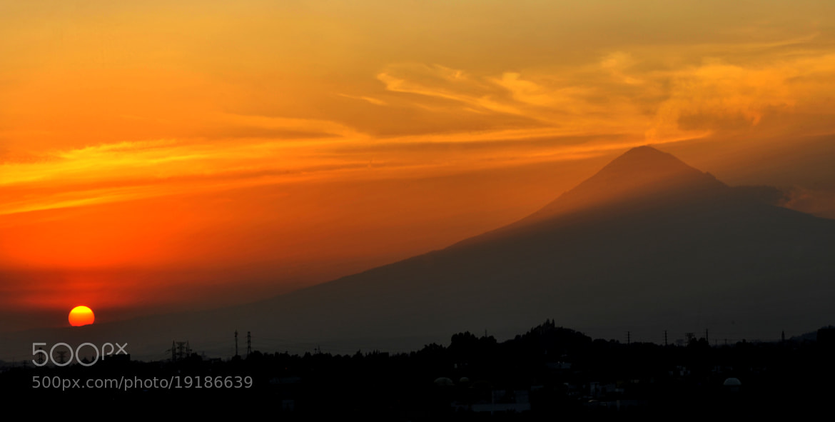 Photograph Volcano Popocatepetl at sunset by Cristobal Garciaferro Rubio on 500px