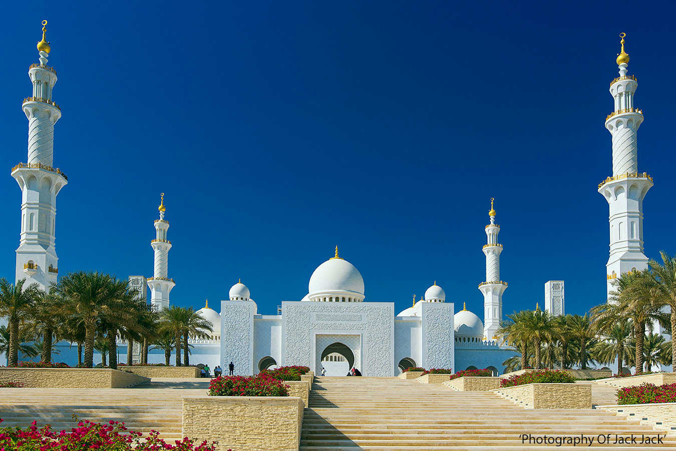 Photograph 'Sheikh Zayed Grand Mosque' by HENDRIK PRIYANTO on 500px