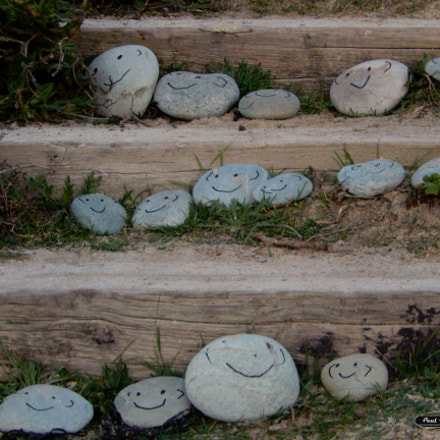Smiley stones, Nikon COOLPIX S9600