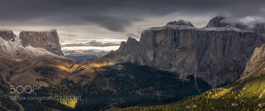 """<a href=""""http://www.hanskrusephotography.com/Workshops/Dolomites-October-7-11-2013/24503434_Pqw9qb#!i=2238436221&k=nZfJ2dq&lb=1&s=A"""">See a larger version here</a>  This photo was taken during a photo workshop that I led in the Dolomites October 2012."""