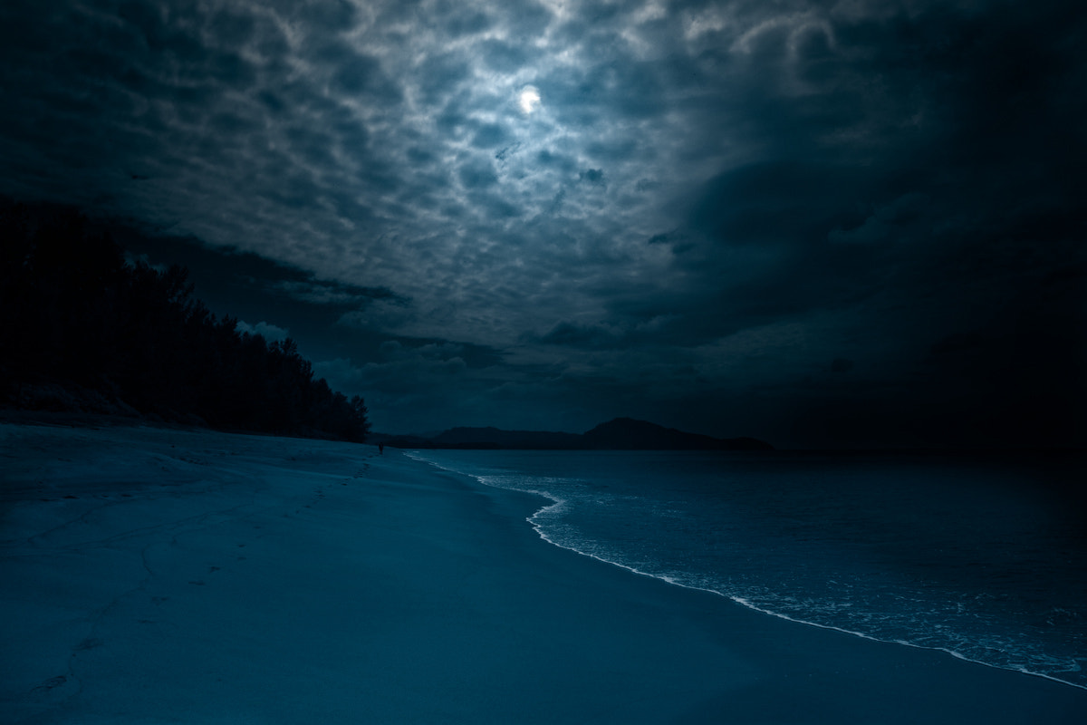 Photograph The Moonlight beach by Hilt  on 500px