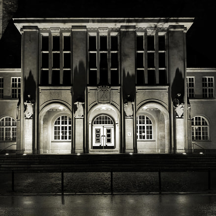 Town Hall, Sony ILCE-7, Sony FE 28mm F2