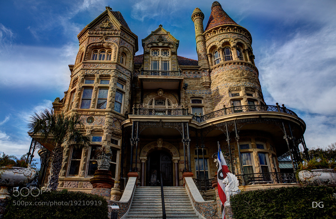 Photograph Galveston historic home by Delia gutierrez on 500px