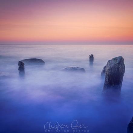 Waves and rocks VI