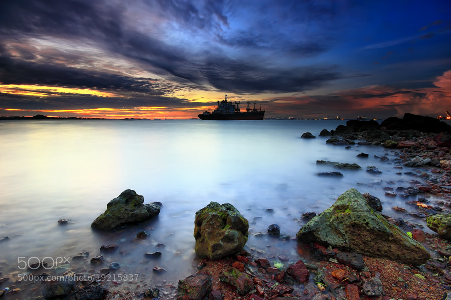 Photograph menunggu malam by Danis Suma Wijaya on 500px