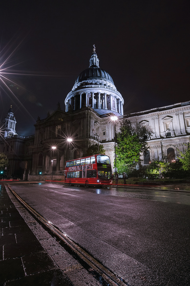 Photograph Cathédrale Saint-Paul - London by Michael Scott on 500px