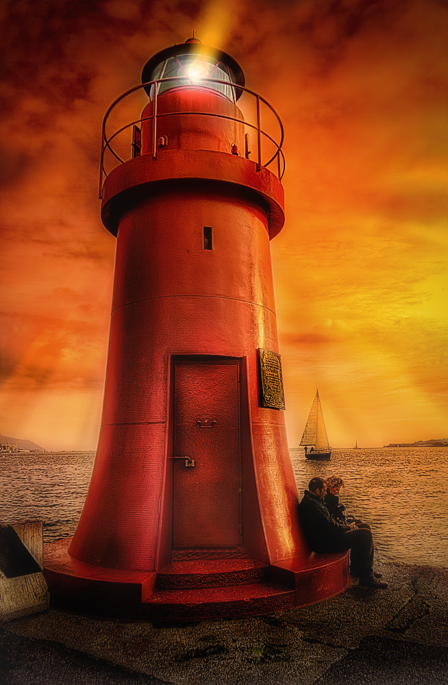 Photograph Red Lighthouse by Roberto Becucci on 500px