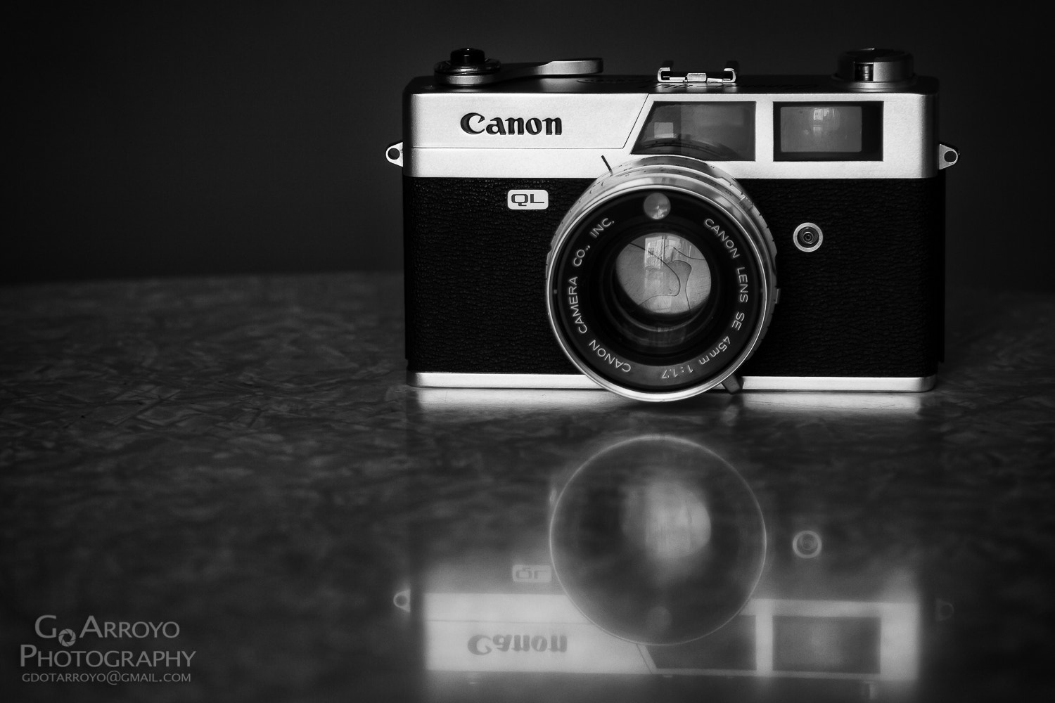 Photograph Canon Canonet QL17 by Giovanni Arroyo on 500px