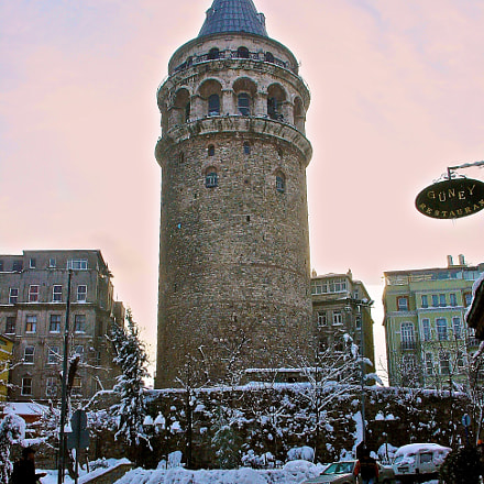 Galata tower with snow, Sony DSC-V1
