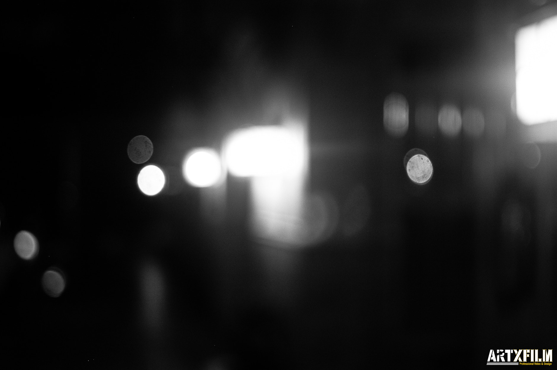 Photograph Unfocused Lights by christopher rincon on 500px