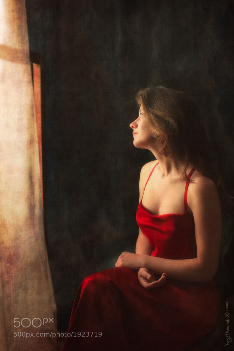 Photograph Girl in a Red Dress by M&K KRYSTKOWIAK on 500px