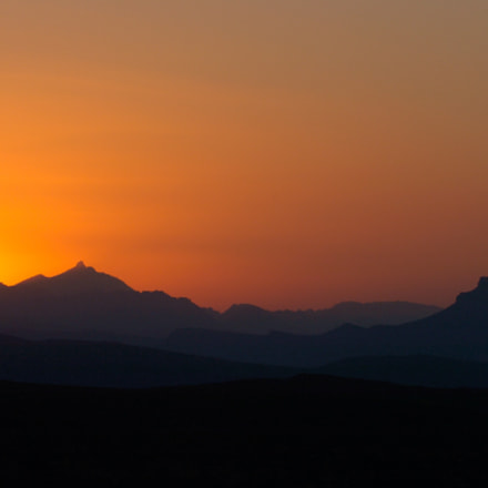 Namibian sunset, Nikon D2H, AF-S VR Zoom-Nikkor 70-200mm f/2.8G IF-ED