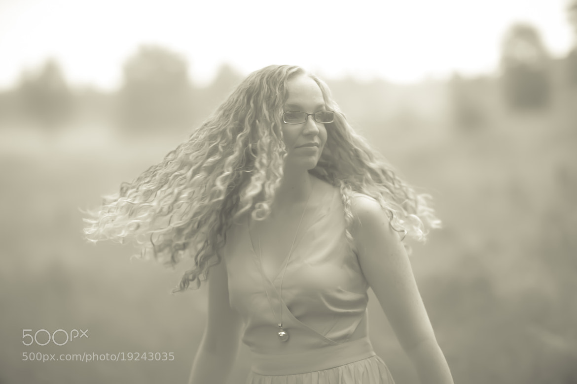 Photograph Still, she has motion by Photocillin Photography on 500px