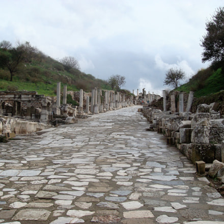 The Road to Ruins, Sony DSC-T100
