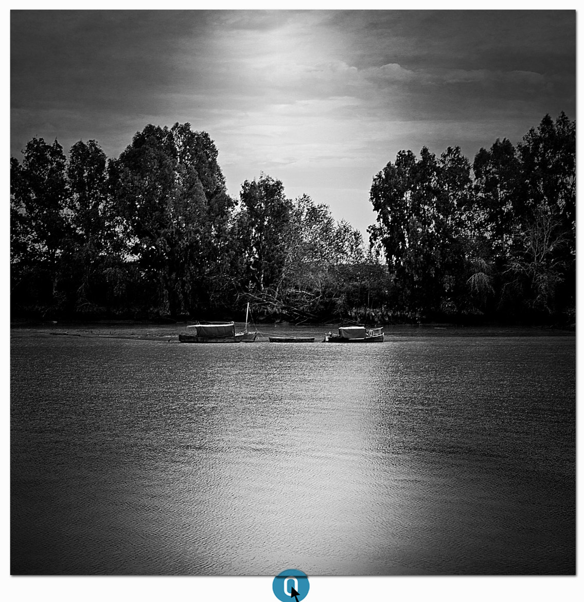 Photograph { moonlight } by CERO . on 500px