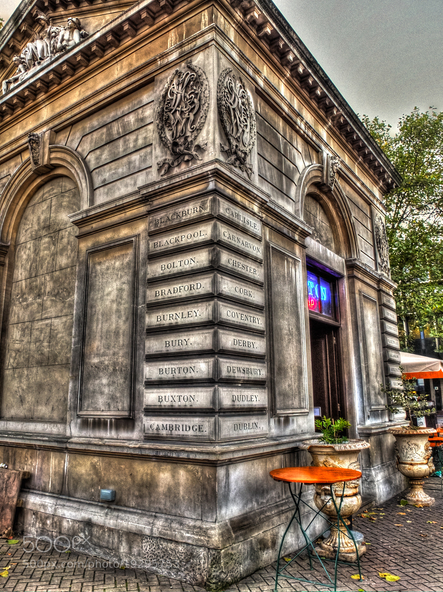 Photograph The Euston Tap by Colin Irwin on 500px