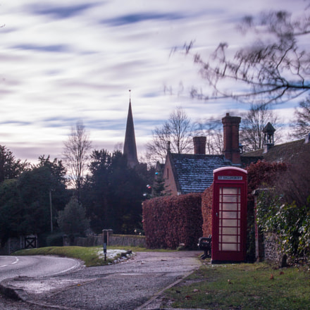 Village Phone Box, Canon EOS 70D, Sigma 17-35mm f/2.8-4 EX DG Aspherical HSM