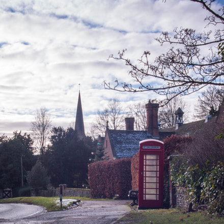 Village Phone Box.1, Canon EOS 70D, Sigma 17-35mm f/2.8-4 EX DG Aspherical HSM