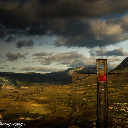 Cross on the hill, Canon EOS D60