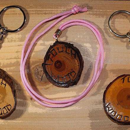 TouchWood74 Key-Chains & Necklace, Canon EOS 50D, Canon EF 28-90mm f/4-5.6