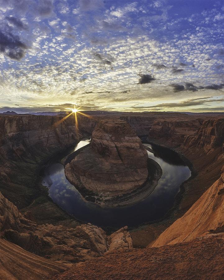 Horseshoe bend at sunset