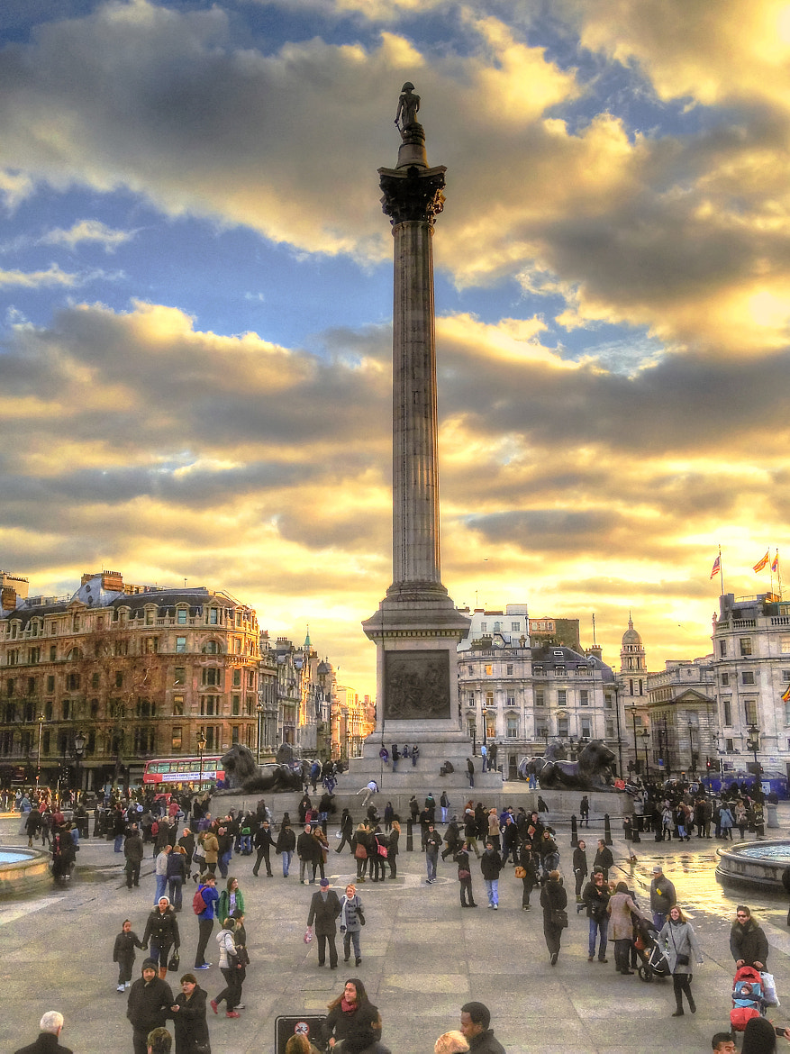 Photograph Nelson's Column in Trafalgar Square by Jeff Heredia on 500px