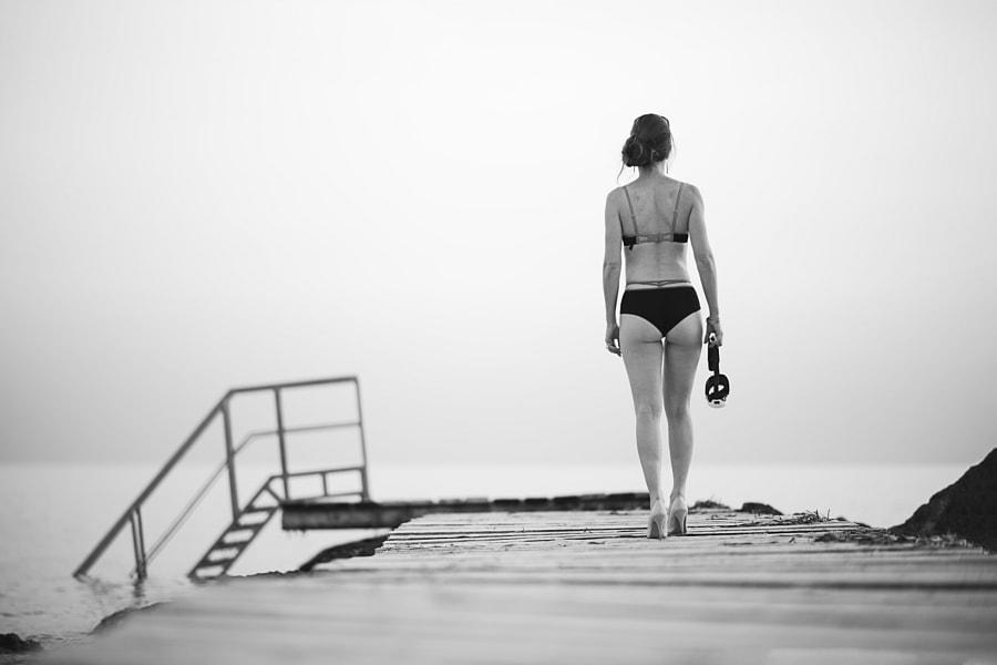 Last swim in style B/W