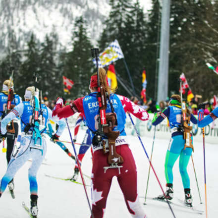 Biathlon group run after, Canon EOS-1DS, Canon EF 80-200mm f/2.8L