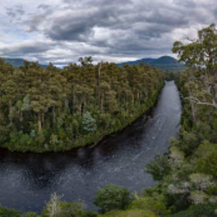 Panorama of Huon River, Panasonic DMC-GF1, Lumix G Vario 14-45mm F3.5-5.6 Asph. Mega OIS