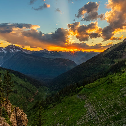 Sunset over Glacier National, Canon EOS 6D, Canon EF 16-35mm f/4L IS USM