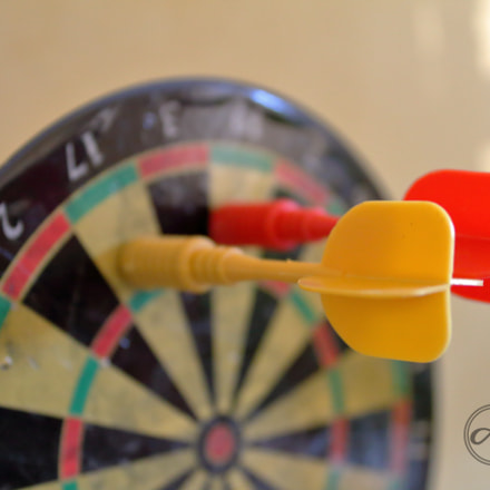 Darts, Canon EOS 1300D, Canon EF-S 18-55mm f/3.5-5.6 IS II