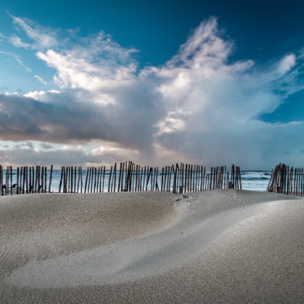 This fence won't keep, Canon EOS 7D, Canon EF-S 10-22mm f/3.5-4.5 USM