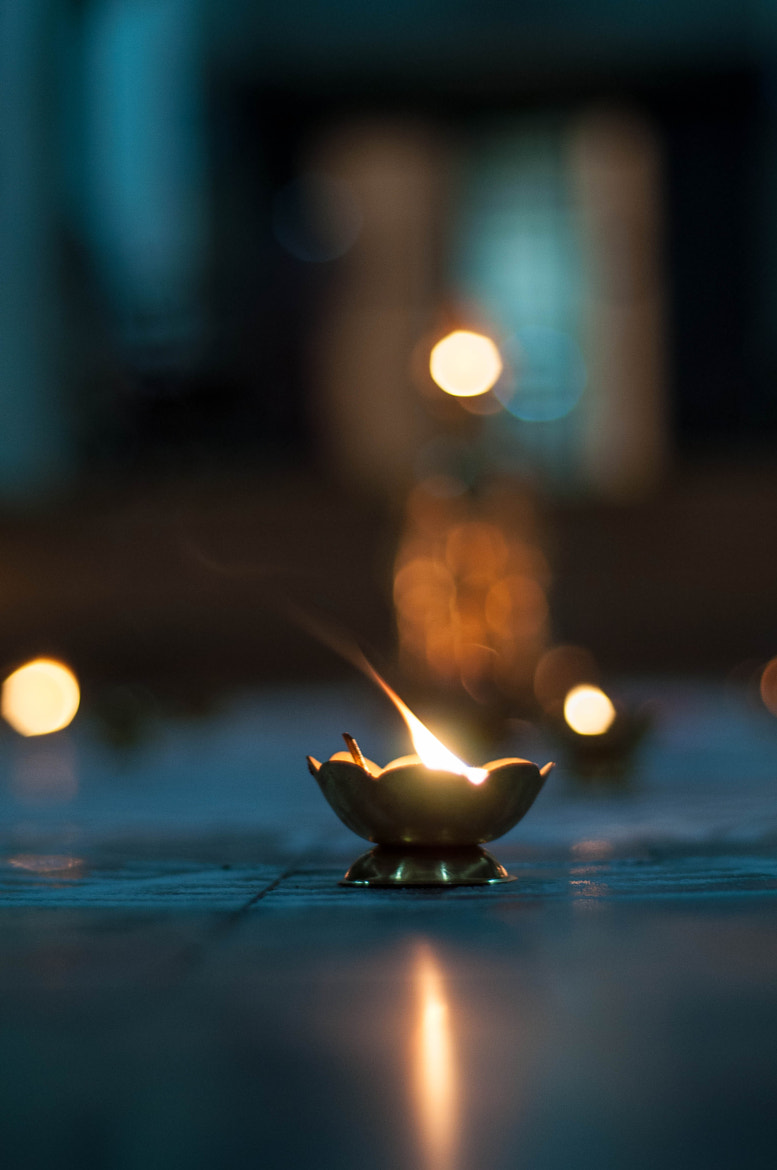 Photograph The Lamp and the Bokeh by Abhinav Asokh on 500px