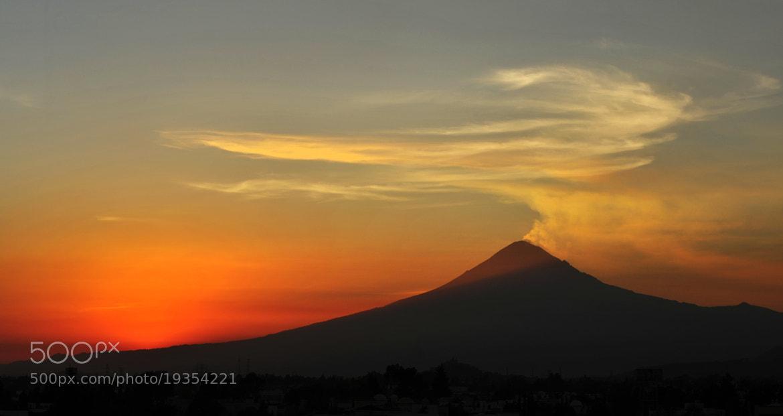 Photograph Popocatepetl, smoking Volcano at sunset by Cristobal Garciaferro Rubio on 500px