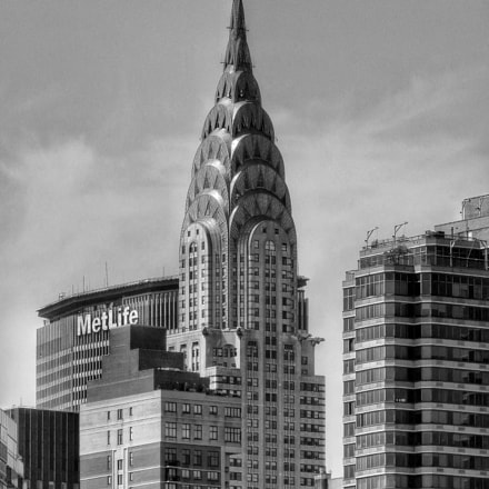 Chrysler Building , Nikon COOLPIX S9900