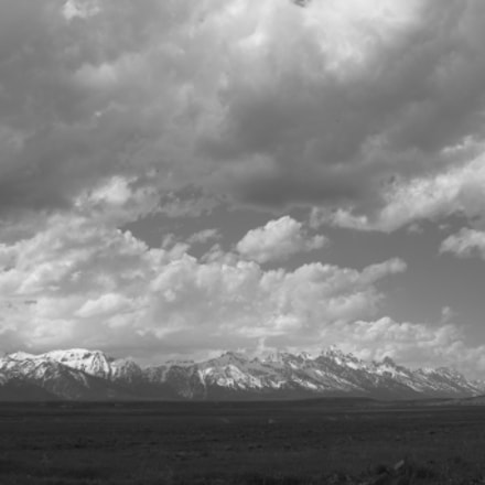 Rockies in Black and, Canon POWERSHOT A490