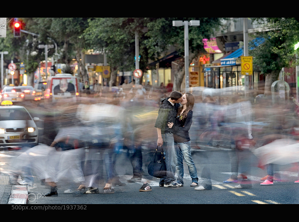 Photograph Kissing in tel aviv by shlomi nissim on 500px