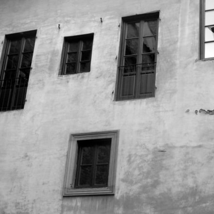 Windows are doors, Nikon COOLPIX S9700