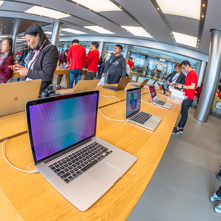 Apple Store laptop, Canon EOS 5D MARK IV, Canon EF 8-15mm f/4L Fisheye USM