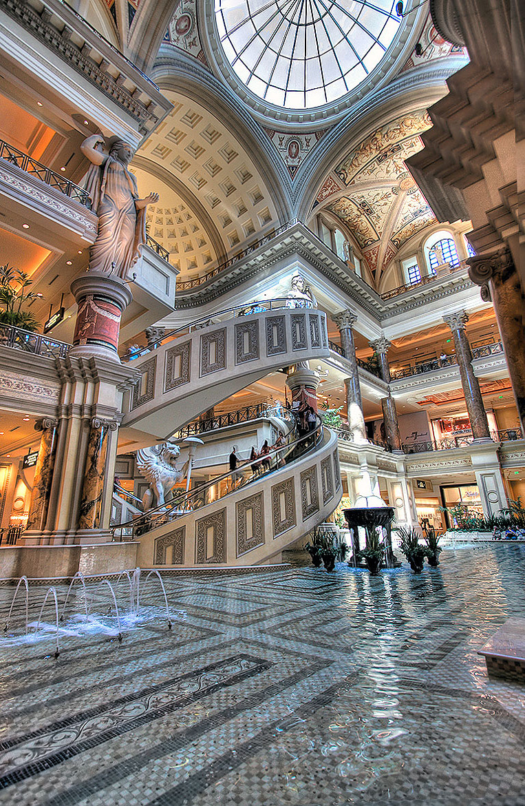 Photograph Caesars Palace by Layne Freedle on 500px