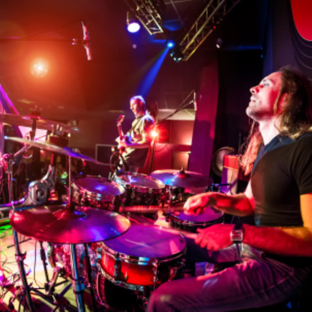 musicians play on stage, Canon EOS 5D MARK III, Canon EF 15mm f/2.8 Fisheye