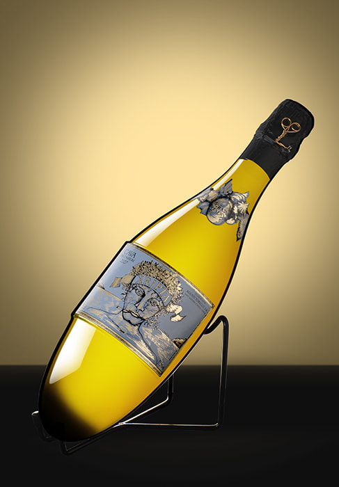 Photograph Champagne by Héctor Rabán on 500px