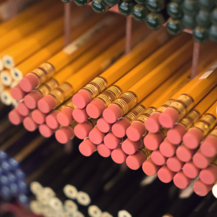 Lots of yellow pencils, Sony ILCE-7M2, Sony FE 24-70mm F4 ZA OSS