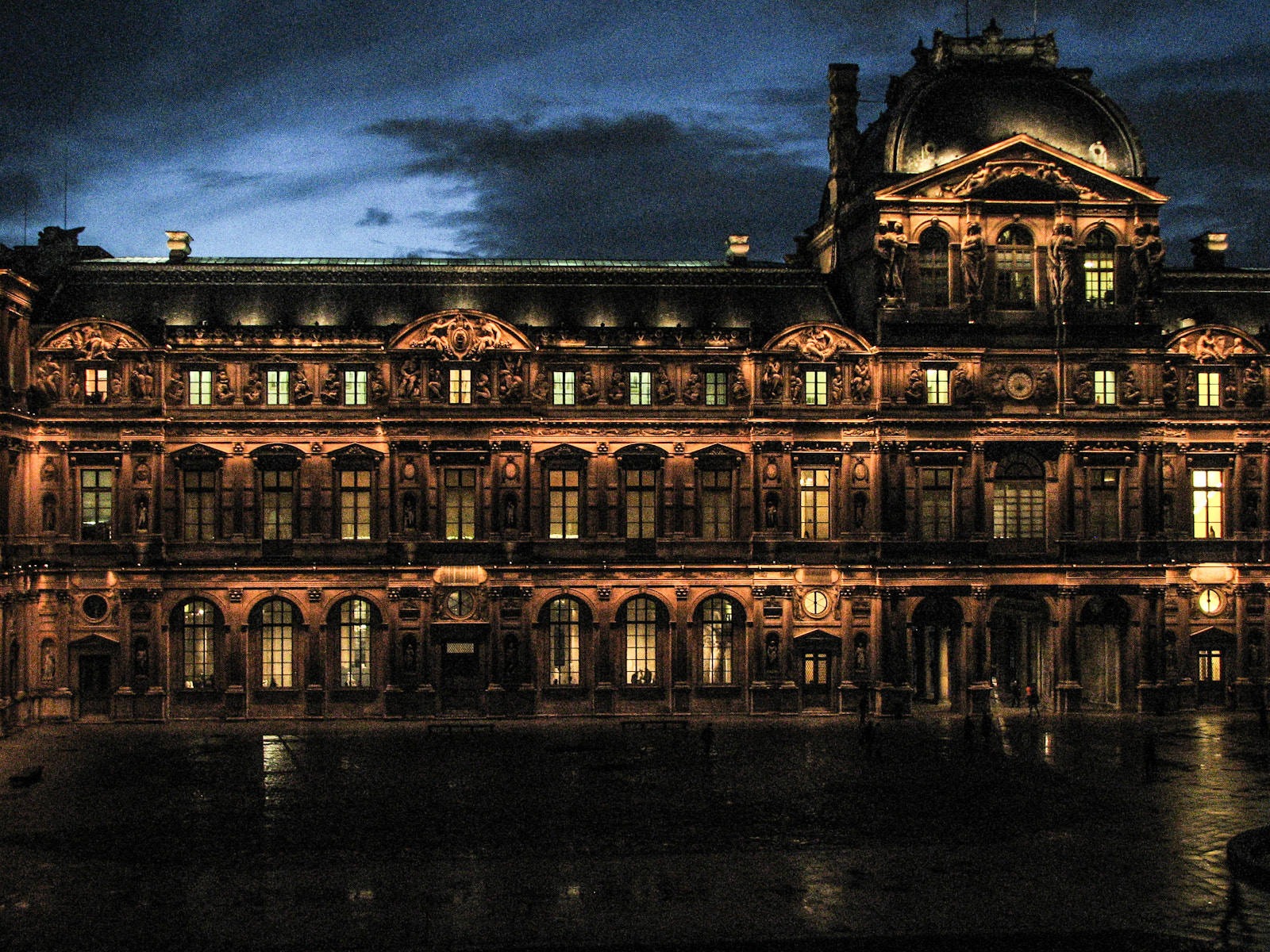 Photograph Musée du Louvre by Ernst Gamauf on 500px