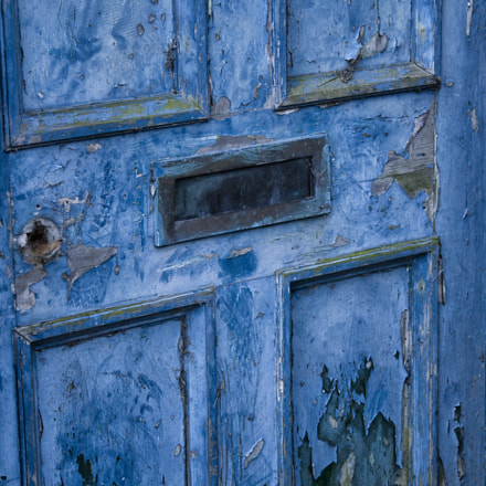 blue door, Canon EOS 50D, Canon EF 24-105mm f/4L IS