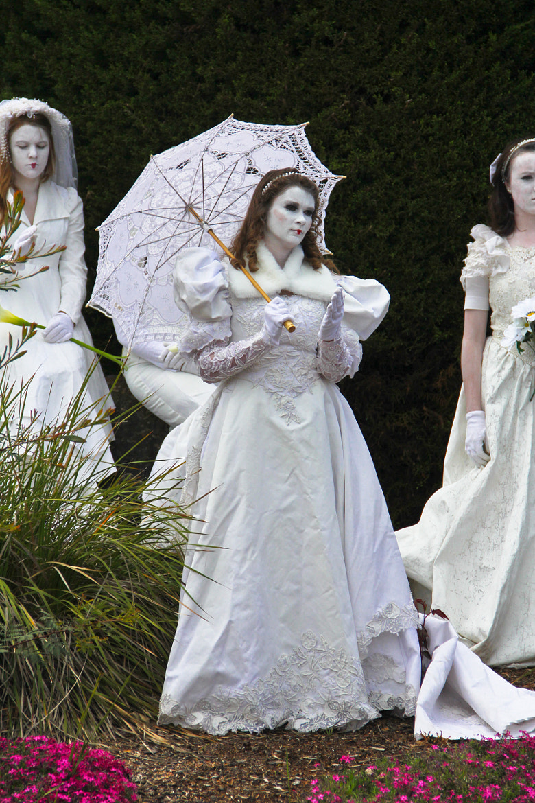 Photograph Living Statue Brides - Grace by Donna Seen on 500px