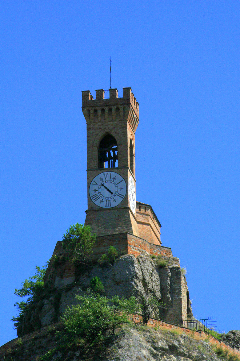Photograph Watch-tower by Gege Dionisi on 500px
