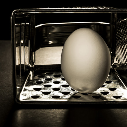 egg and ... cheese grater ..., Canon EOS 7D, Canon EF-S 60mm f/2.8 Macro USM