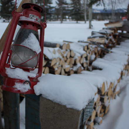 Cold Lantern, Canon EOS REBEL T5I, Canon EF-S 18-55mm f/3.5-5.6 IS STM